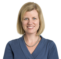 Kelly Metcalfe Headshot